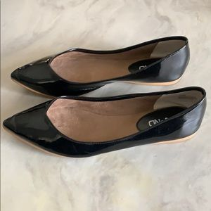 Classic Black Patent Leather Flats!
